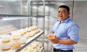 Kỹ sư điện đi... trồng nấm, nuôi dế, sở hữu 32 loài nấm quý hiếm
