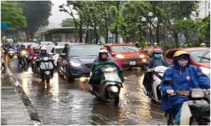 Bắc Bộ và Trung Bộ chấm dứt nắng nóng diện rộng, cảnh báo mưa dông