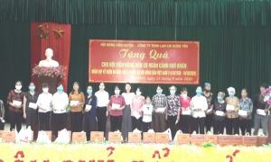 Hội Nông dân huyện Yên Mỹ Tổ chức tặng quà nhân dịp kỷ niệm 90 năm ngày thành lập Hội Nông dân Việt Nam (14/10/1930 – 14/10/2020).