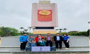 Chi đoàn Hội Nông dân tỉnh: Hành trình về địa chỉ đỏ cách mạng.
